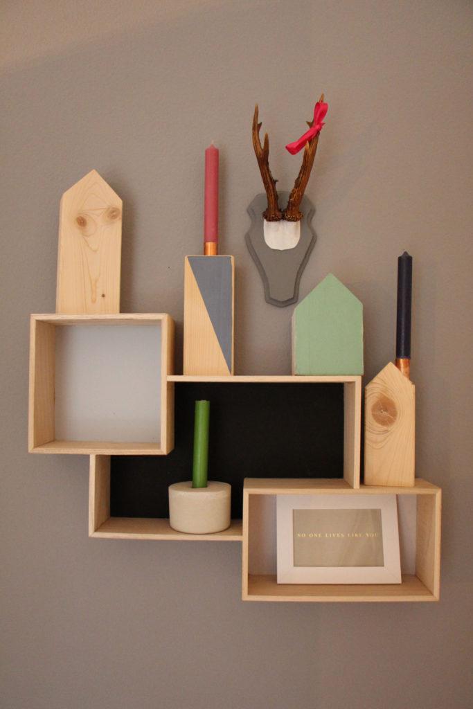 Holzhäuschen und Holzkerzenständer